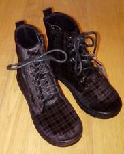 New Black Checked Lace Up Boots Size UK 11 Kids