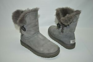 UGG Bailey Button Gray Suede Shearling Warm Boots Size 7 5803
