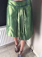 Gorgeous Green Skirt, Mango Size Small, Vintage Look!