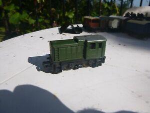 Playcraft Diesil Shunter D2705 plus spare body
