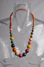 Collier ethnique en bois multicolor no 9