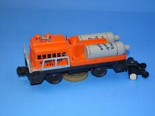 LIONEL 3927 TRACK CLEANING CAR