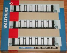 HO Scale Walthers 63 FT Pulpwood Car 3-pack Canadian Pacific