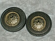 CHANEL 2 GOLD METAL CC LOGO FRONT BLACK WOODSY BUTTONS 20 MM  lot 2 DALLAS STAR