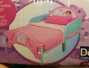 """Vintage 2010 Delta Dora The Explorer Toddler Bed Siderails 51 5/8""""x 27 1/4"""