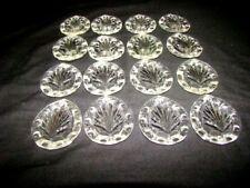 16 pampilles en verre moulé et biseauté h: 6,3 cm