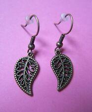 Leaves Charm Earrings Brand New Vintage Look Ornate Bronze Tone Leaf