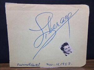 1953 LIBERACE AUTOGRAPH ON PAPER FAIRMONT HOTEL 11/16/1953