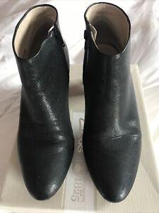 Clarks Kelda Nights Black Boots 7 1/2