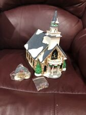 "DEPARTMENT 56 SNOW VILLAGE ""HOLY SPIRIT CHURCH"" IN ORIGINAL BOX FROM 1999"