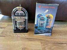 Vintage AM/FM Jukebox Portable Radio JB-21