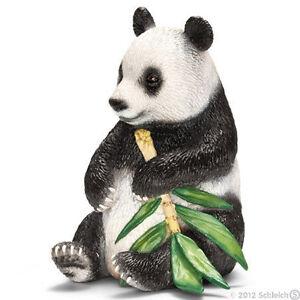 NEW SCHLEICH 14664 Giant Panda - RETIRED