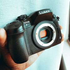 Panasonic Lumix GH4 16MP 4K Mirrorless Camera with battery & charger (BODY ONLY)