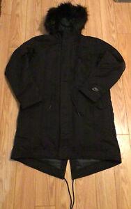 Nike Sportswear Down-Fill Hooded Parka Jacket - Sz M - Black - BV4751 010