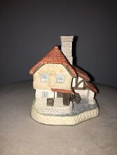 British Traditions The Boat House Hand Made David Winter