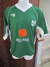 Ireland Soccer Jersey Mens medium Football Shirt Striker