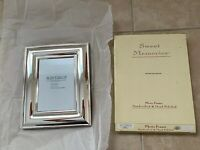 """Freestanding WINTHROP Silver Plated Frame for 5 x 7 """" Photo Picture Handcrafted"""