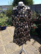 Gorgeous summer floral dress wedding/party/daytime/funky/vintage size 14