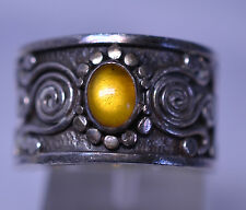 VINTAGE STERLING SILVER AMBER RING WIDE BAND WITH SWIRLS & FLAT BALLS - SIZE 7.5