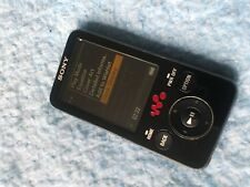 Sony WALKMAN NWZ-E436F NERO (4GB) Digital Media Player