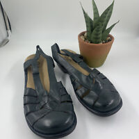 Clarks Bendables 10M Navy Blue Leather Closed Toe Ankle Strap Sandals Womens