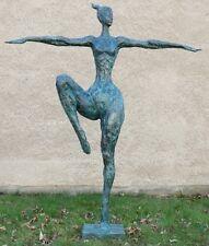 Lebensgroße XXL Bronze Gartenskulptur - Dancing Queen - signiert Milo