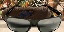 Black Polarized Sunglasses Maui Jim Red Sands- With Scratches On The Right Lens.