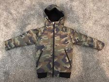 Next Boys Winter Coat Size Age 5 Years BNWOT Green Camo Print Army Warm Fleece