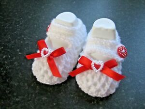 CUTE PAIR HAND KNITTED BABY SHOES in WHITE with RED BOW  size 0-3 MONTHS (2)