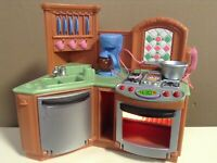 LOVING FAMILY LOT STOVE SINK DISHWASHER DOLLHOUSE FURNITURE FISHER PRICE SOUND