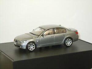BMW 5er 5 Series Saloon - Kyosho 1:43 in Box *43126