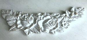 Ornament Wanddeko Relief Wandrelief Verzierung, Shabby Weiß Goldschattierung