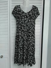 George women's size S 4/6 floral casual dress short sleeve stretch black & white