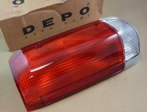 DEPO 331-1910R-Ford Rear Lamp Right Replacement Tail Light Assembly E7TZ 13404 A