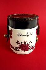 schöne alte Spardose Schmugeld Spargroschen Porzellan Kunstleder Blumendekor