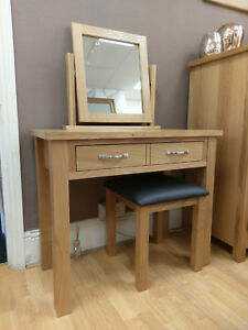 Regal Oak Dressing Table Set Inc Vanity Mirror & Stool / Bedroom Furniture