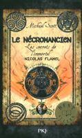 Livre de Poche le nécromancien les secrets de l'immortel Nicolas Flamel  book