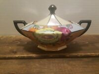 Vintage Lusterware Gold Castle Chikusa Sugar Dish with Lid Made In Japan Flowers