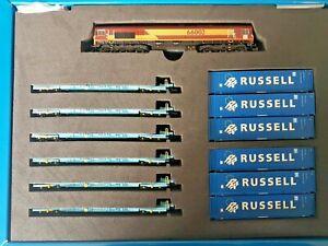 Dapol 2D-007-011, N gauge, Class 66 EWS Diesel Loco, 66002 + 6 x Megafrets