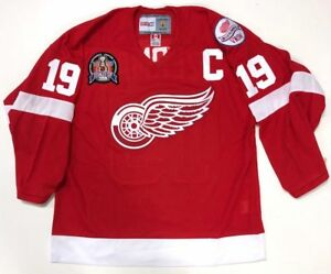 STEVE YZERMAN DETROIT RED WINGS CCM 1998 STANLEY CUP JERSEY NEW W/TAGS VKSM