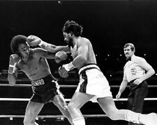 1980 Boxing Champ ROBERTO DURAN vs Sugar Ray Leonard Glossy 8x10 Photo Poster