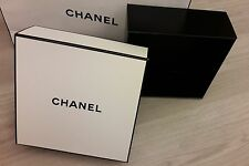 Chanel Big Gift Box 21cm x 21cm x 8cm BIG Size