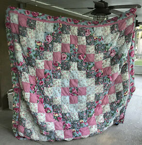 """VINTAGE PATCHWORK QUILT 80"""" X 78"""" PUFFY PILLOW BLANKET"""