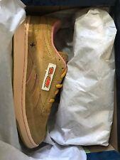 Reebok X Tom & Jerry Club C Revenge MU Unisex Sneakers Brown - UK 9.5