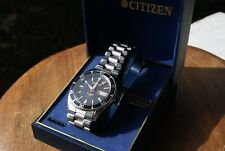 Vintage Citizen 8200 Automatic 21 Jewel Black Dial Stainless Watch w/Day & Date