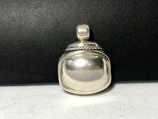 . Signed Ati. Mexico Vintage 825 Sterling Silver Pendant