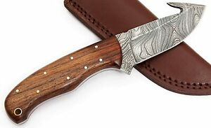 Handmade Damascus Steel Fixed Blade GutHook Hunting Knife,  with Leather Pouch.