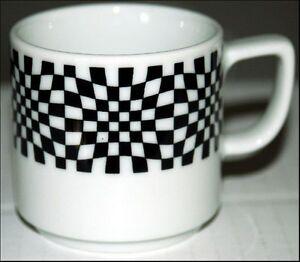 BLACK & WHITE OUTLINE Schweizer BOPLA Porzellan Espressotasse stapelbar Hartporz