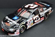 Dale Earnhardt, Sr. #3 GMGW 1/24 RCCA ELITE 1997 RACED CRASH CAR MC #8685