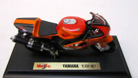 Modell Motorrad 1:18 Yamaha YZF-R7 orange rot mit Sockel - Maisto